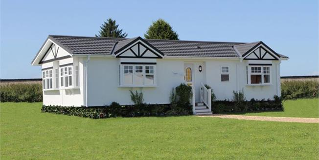 Guide Price £190,000, 2 Bedroom Detached Bungalow For Sale in Battlesbridge, SS11