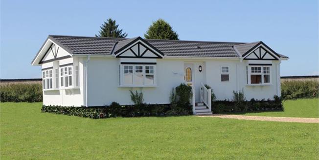 Guide Price £210,000, 2 Bedroom Detached Bungalow For Sale in Battlesbridge, SS11