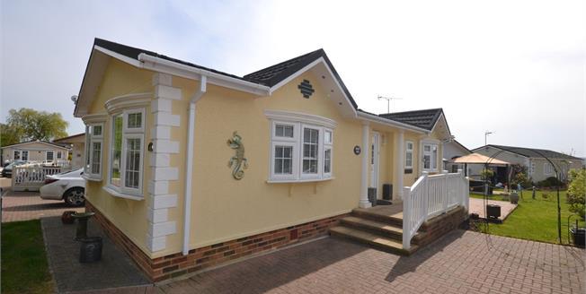 Asking Price £215,000, 2 Bedroom Mobile Home For Sale in Battlesbridge, SS11