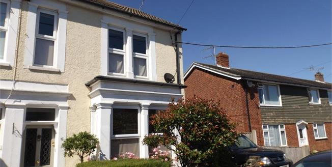 £300,000, 4 Bedroom End of Terrace House For Sale in Walton on the Naze, CO14