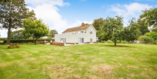 Offers Over £1,000,000, 6 Bedroom Detached House For Sale in Stambridge, SS4