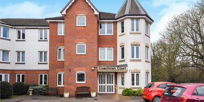 Asking Price £150,000, 1 Bedroom Flat For Sale in Rochford, SS4