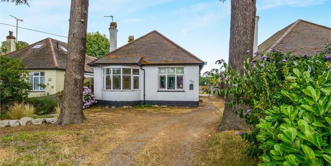 Offers in excess of £380,000, 3 Bedroom Detached Bungalow For Sale in Southend-on-Sea, SS2