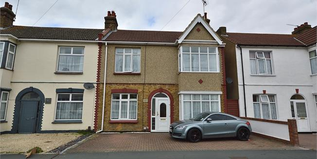 Asking Price £340,000, 3 Bedroom Semi Detached House For Sale in Southend-on-Sea, SS2