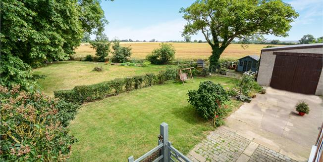 Asking Price £275,000, 4 Bedroom Semi Detached House For Sale in Willingham By Stow, DN21