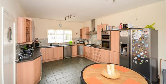 Offers Over £210,000, 3 Bedroom Detached Bungalow For Sale in Washingborough, LN4