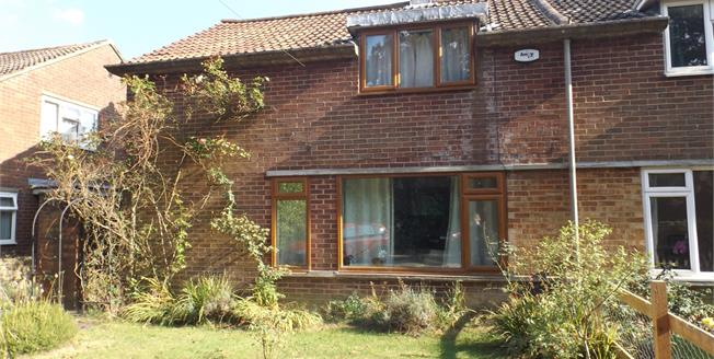 Guide Price £250,000, 3 Bedroom Semi Detached House For Sale in Cranbrook, TN17