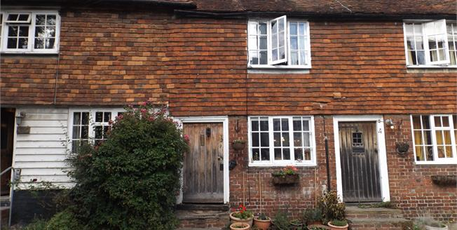 Asking Price £240,000, 1 Bedroom Terraced House For Sale in Cranbrook, TN17