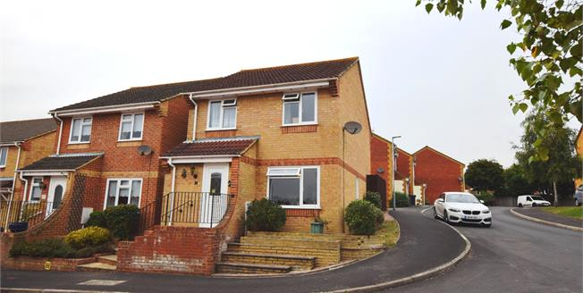 Asking Price £250,000, 3 Bedroom Detached House For Sale in Amberstone, BN27