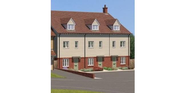 £340,000, 3 Bedroom Terraced House For Sale in East Sussex, TN21