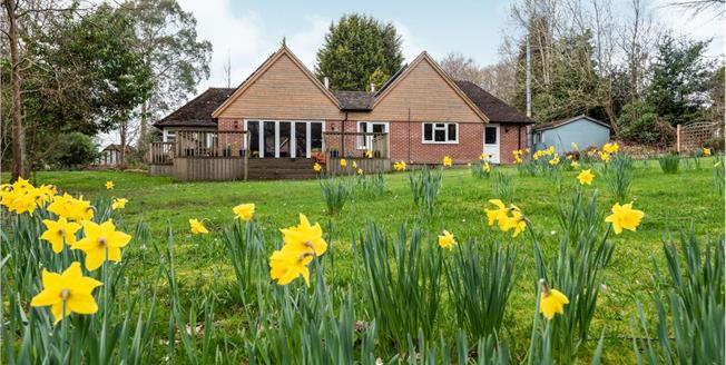 Guide Price £800,000, 4 Bedroom Detached Bungalow For Sale in Cross in Hand, TN21