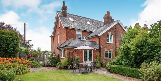 Guide Price £500,000, 4 Bedroom End of Terrace House For Sale in Five Ashes, TN20