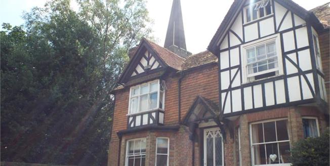 Offers in excess of £475,000, 4 Bedroom Cottage For Sale in Rotherfield, TN6