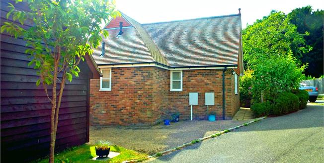 Asking Price £445,000, 3 Bedroom Detached Bungalow For Sale in Mayfield, TN20