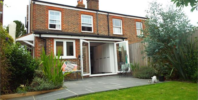 Asking Price £400,000, 3 Bedroom Semi Detached Cottage For Sale in Rotherfield, TN6