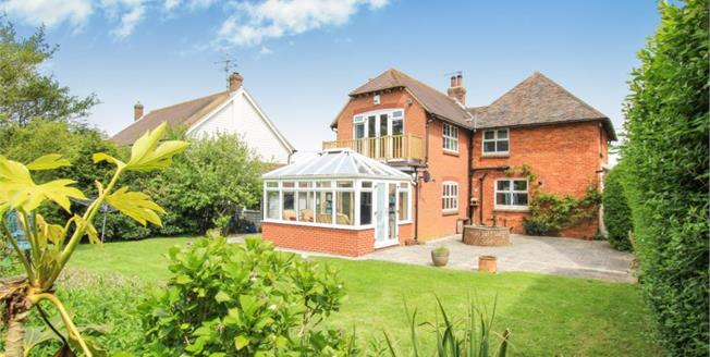 Offers in excess of £585,000, 4 Bedroom Detached House For Sale in Berwick, BN26