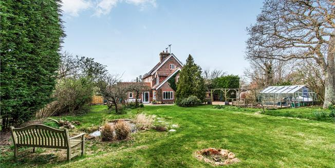 Offers in excess of £550,000, 4 Bedroom Semi Detached Cottage For Sale in Ringmer, BN8