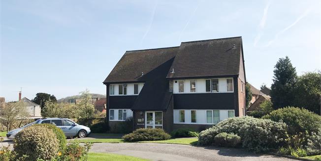 Asking Price £162,500, 2 Bedroom Flat For Sale in Ringmer, BN8