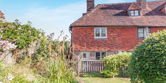 Asking Price £275,000, 3 Bedroom End of Terrace Cottage For Sale in Robertsbridge, TN32
