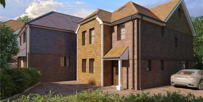 £535,000, 4 Bedroom Detached House For Sale in East Sussex, TN37