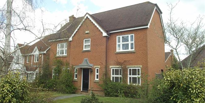 Asking Price £530,000, 4 Bedroom Detached House For Sale in Flimwell, TN5