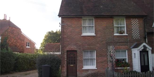 Asking Price £235,000, 1 Bedroom End of Terrace Cottage For Sale in Wadhurst, TN5