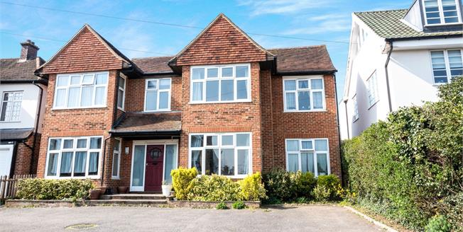 Guide Price £1,100,000, 6 Bedroom Detached House For Sale in Tonbridge, TN9