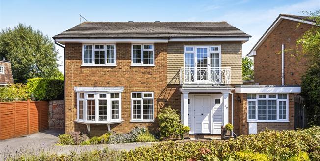 Asking Price £695,000, 4 Bedroom Detached House For Sale in Tunbridge Wells, TN2