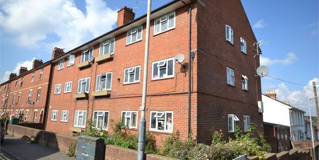 Offers in excess of £250,000, 3 Bedroom For Sale in Tunbridge Wells, TN1