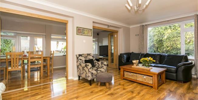 Guide Price £775,000, 4 Bedroom Detached House For Sale in Tunbridge Wells, TN4