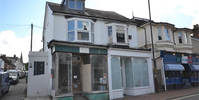 Guide Price £75,000, 1 Bedroom For Sale in Tunbridge Wells, TN1