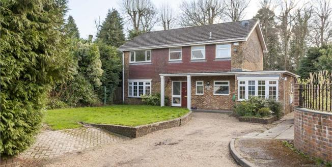 Guide Price £725,000, 5 Bedroom Detached House For Sale in Tunbridge Wells, TN2