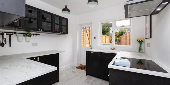 Asking Price £325,000, 3 Bedroom Terraced House For Sale in Tunbridge Wells, TN1