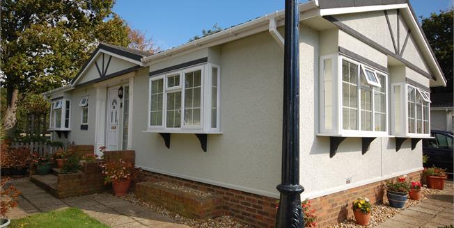 Offers in the region of £225,000, 2 Bedroom Detached Bungalow For Sale in Uckfield, TN22