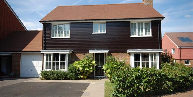 Asking Price £465,000, 4 Bedroom Detached House For Sale in Ridgewood, TN22