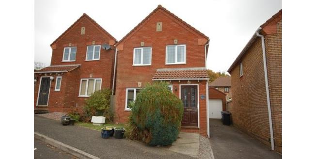 Asking Price £350,000, 3 Bedroom Detached House For Sale in Uckfield, TN22