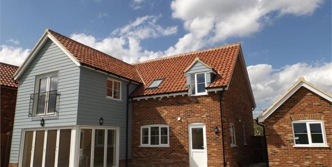 £390,000, 4 Bedroom Detached House For Sale in Norfolk, IP25