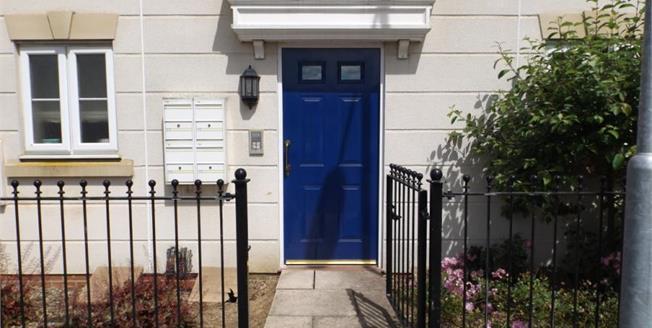 Asking Price £90,000, 1 Bedroom Upper Floor Flat For Sale in Watton, IP25
