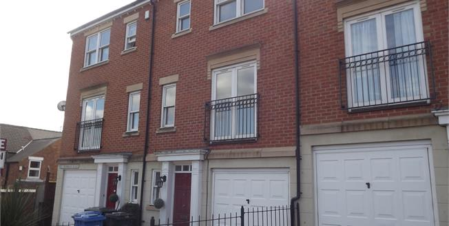 Offers Over £200,000, 3 Bedroom Town House For Sale in Derby, DE1