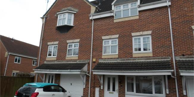 £145,000, 3 Bedroom Town House For Sale in Mansfield, NG18