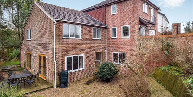 £525,000, 4 Bedroom Detached House For Sale in East Bridgford, NG13