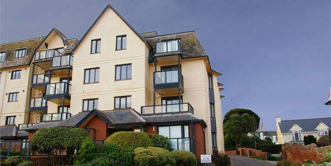 Guide Price £325,000, 2 Bedroom Flat For Sale in Budleigh Salterton, EX9