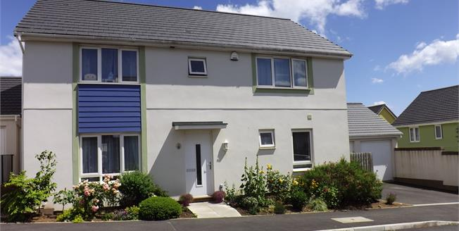 Guide Price £399,950, 4 Bedroom Detached House For Sale in Dawlish Warren, EX7