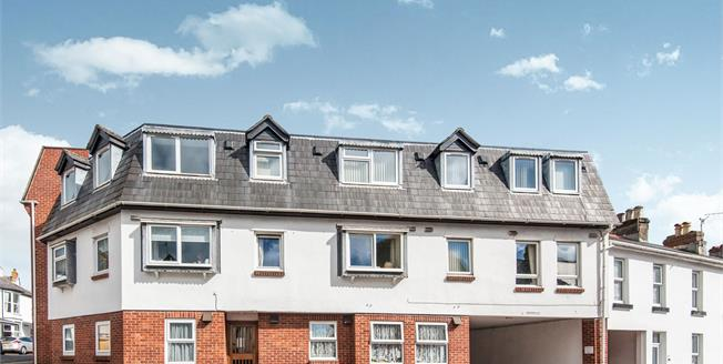 Asking Price £50,000, 1 Bedroom Flat For Sale in Dawlish, EX7