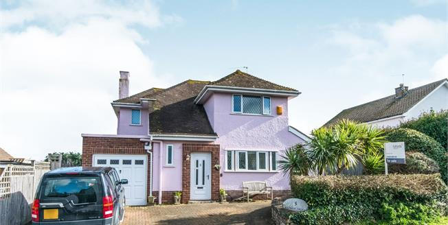 Offers in the region of £390,000, 3 Bedroom Detached House For Sale in Dawlish, EX7