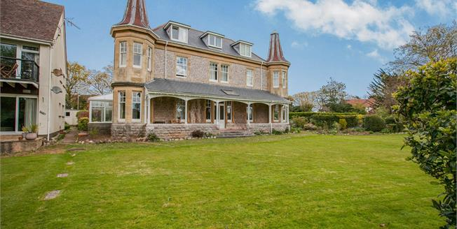 Asking Price £229,950, 3 Bedroom Flat For Sale in Exmouth, EX8