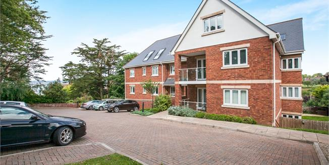 Asking Price £282,000, 2 Bedroom Flat For Sale in Exmouth, EX8