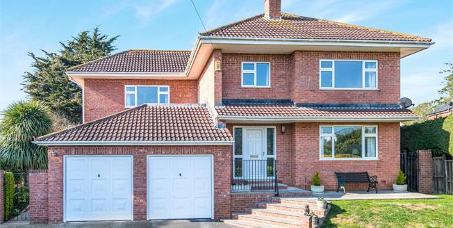 Asking Price £650,000, 4 Bedroom Detached House For Sale in Exmouth, EX8