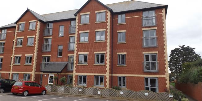 Offers Over £170,000, 1 Bedroom Flat For Sale in Exmouth, EX8