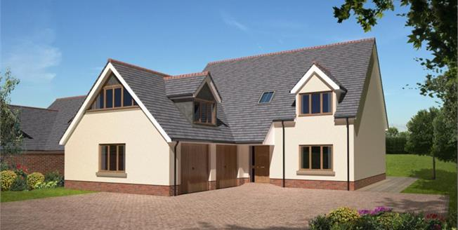 £590,000, 4 Bedroom Detached House For Sale in Dawlish, EX7